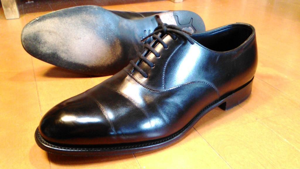 ジョンロブの靴修理3