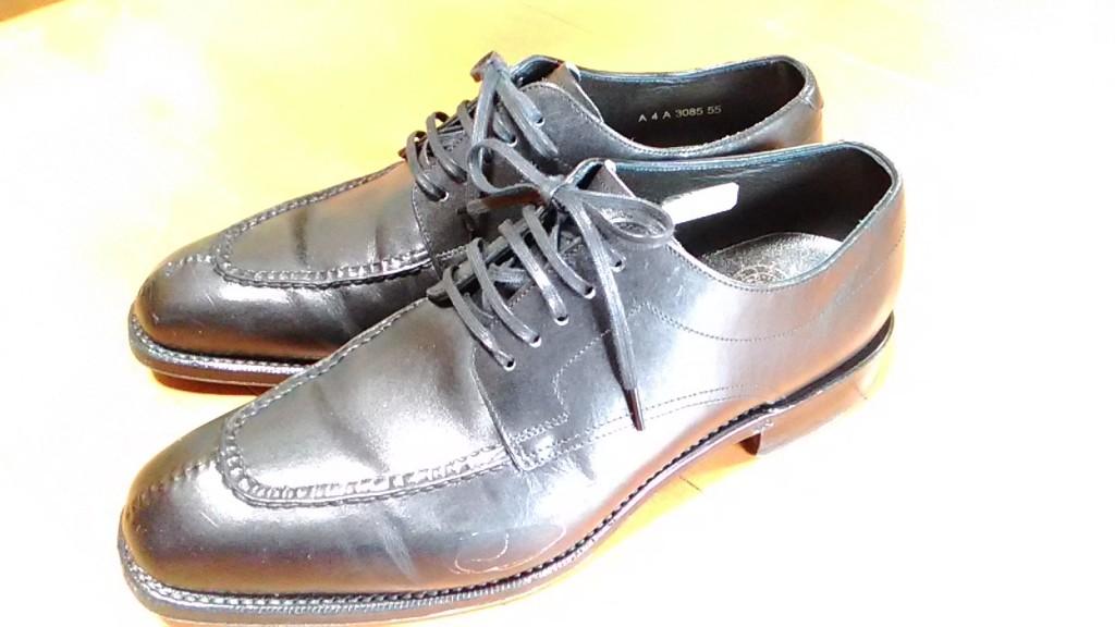 キツイ靴の修理2