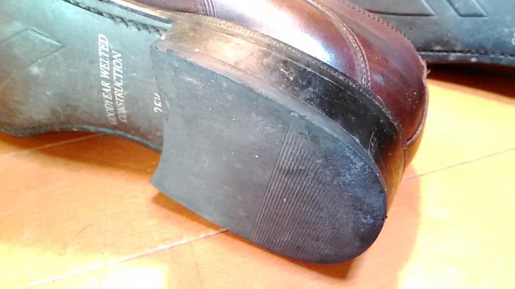 リカルドのトップリフト交換&ライニングのすべり革の補修の靴修理