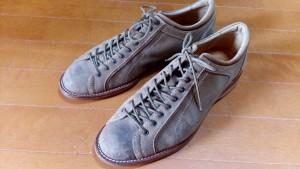 リーガルのスニーカーの丸洗いの靴修理