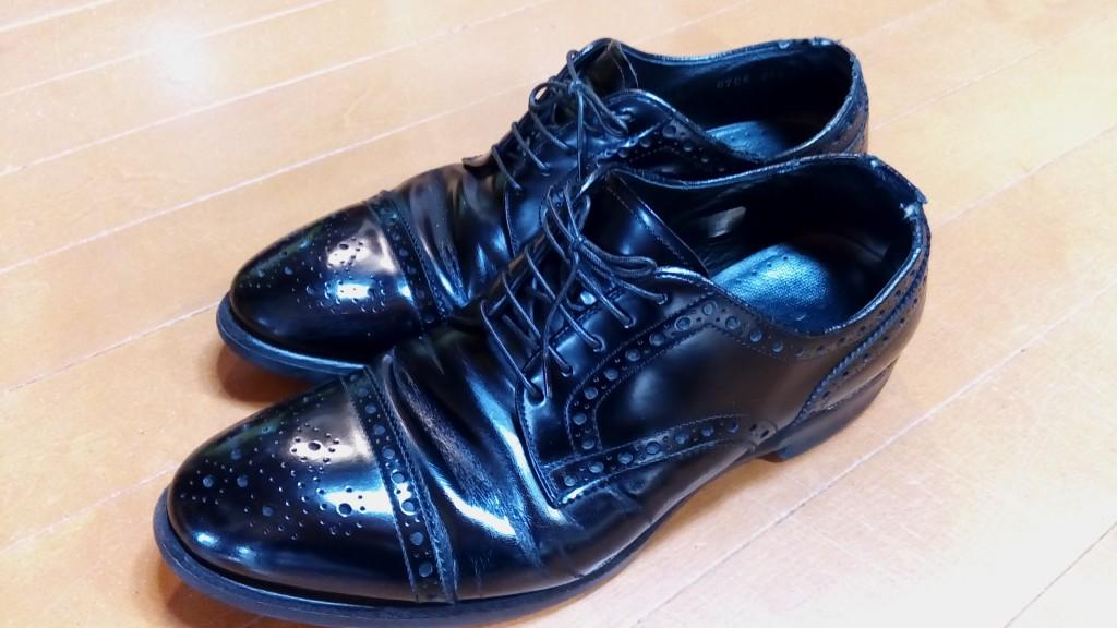 リーガルのストレートチップの履き口補修の靴修理