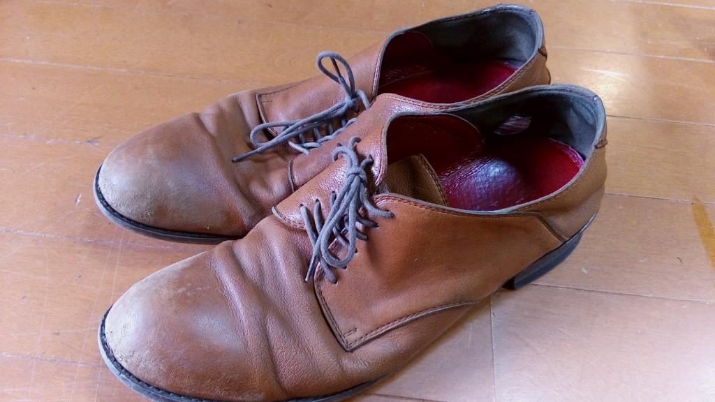 アッパーのつま先の補修の靴修理