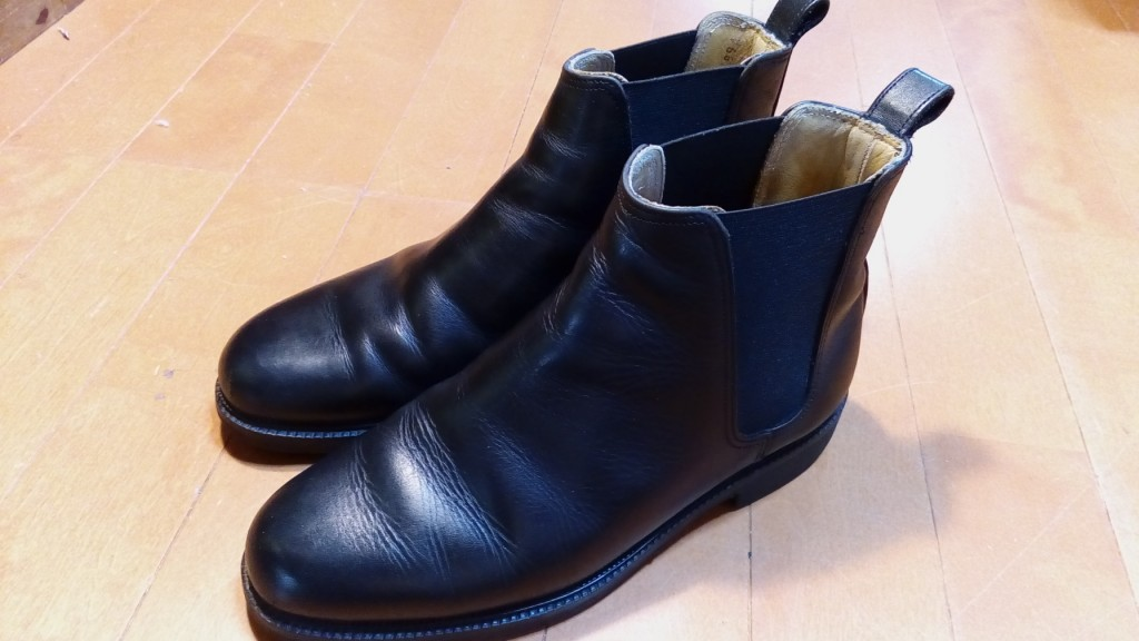 リーガルのサイドゴアブーツのゴム交換の靴修理