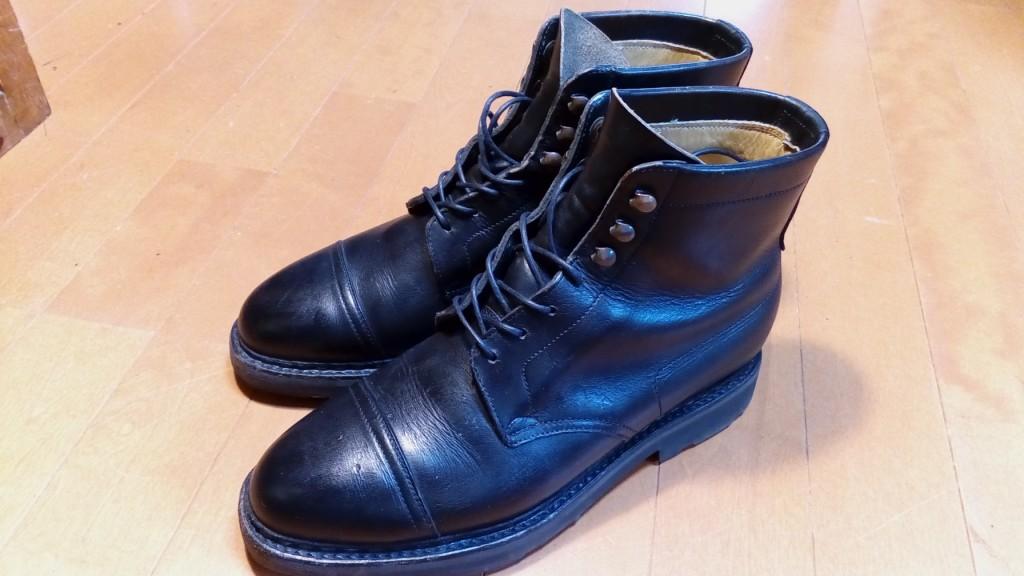 ジョンロブのブーツのカギホック交換修理