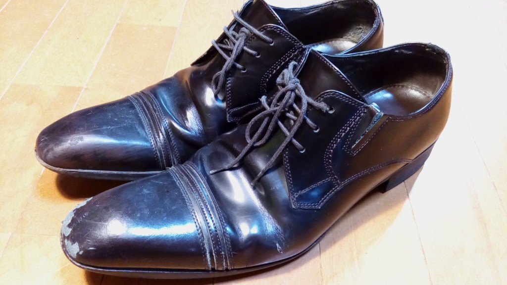 靴修理品99:革靴のつま先銀めくれ補修の靴修理