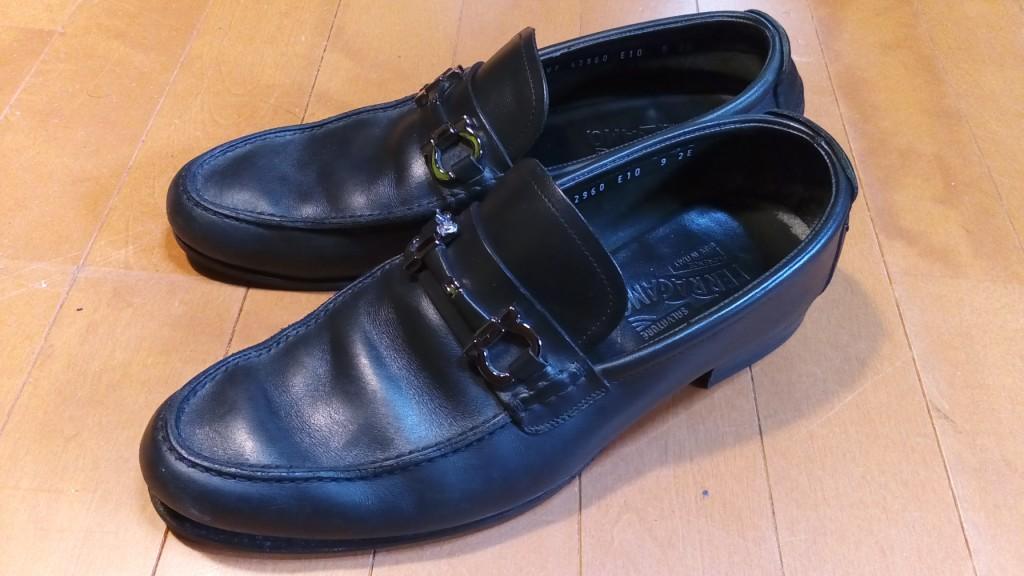 フェラガモのローファーのソールはがれの靴修理