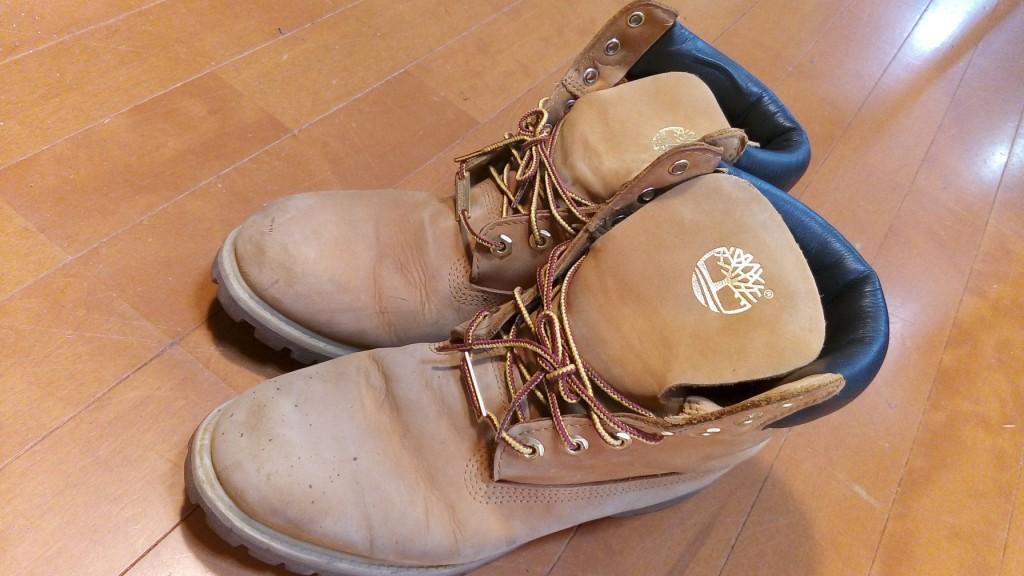 靴修理品114:ティンバーランドのブーツについたココアのシミの取り除きの靴修理