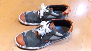 靴修理品151:Dsquared2・ディースクエアードのスニーカーのアッパーかかと補修の靴修理