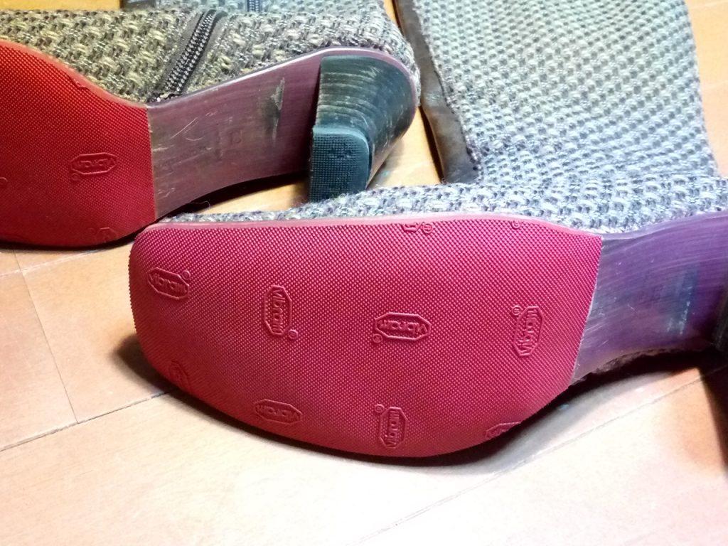 靴修理品155:レディースロングブーツのゴム半張りの靴修理