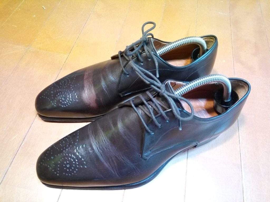 靴修理品162:ロブスのアッパー色補修の靴修理