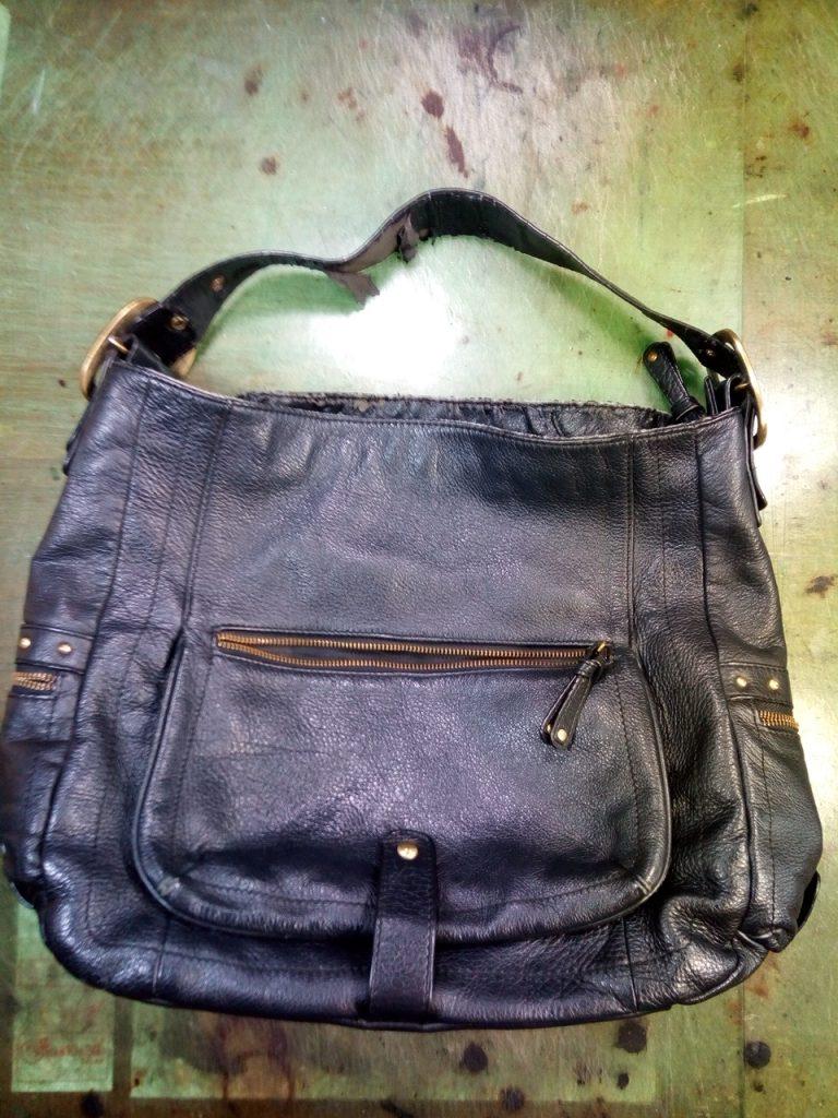 カバン合皮部分の補修の鞄修理