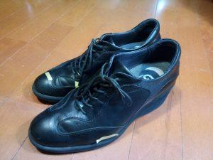 キツイ・小さい靴の幅出し靴修理37