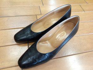 キツイ・小さい靴の幅出し靴修理42