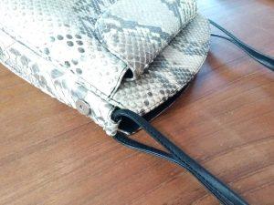 バッグの持ち手部分のほつれ修理の鞄修理