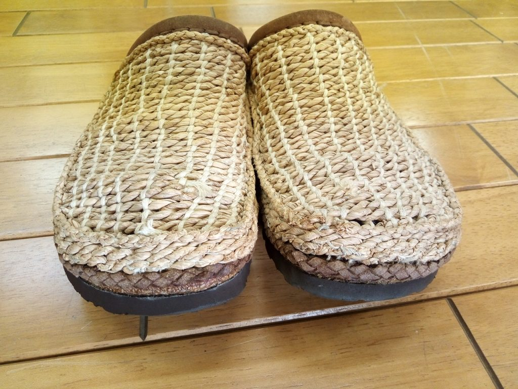 ビルケンのサンダルのソール貼りつけの靴修理