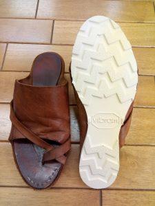 サンダルのオールソールの靴修理