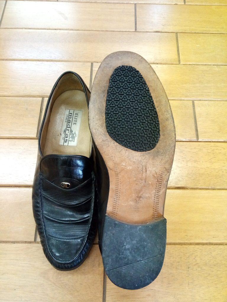 メンズシューズのソールゴム貼り直しの靴修理