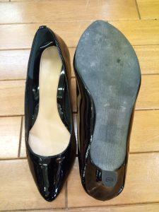 エナメルのパンプスのトップリフト交換の靴修理