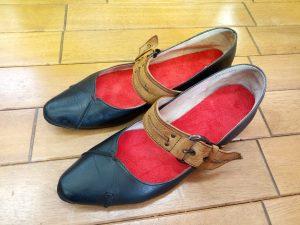 ストラップパンプスのつま先補修&インソール交換の靴修理
