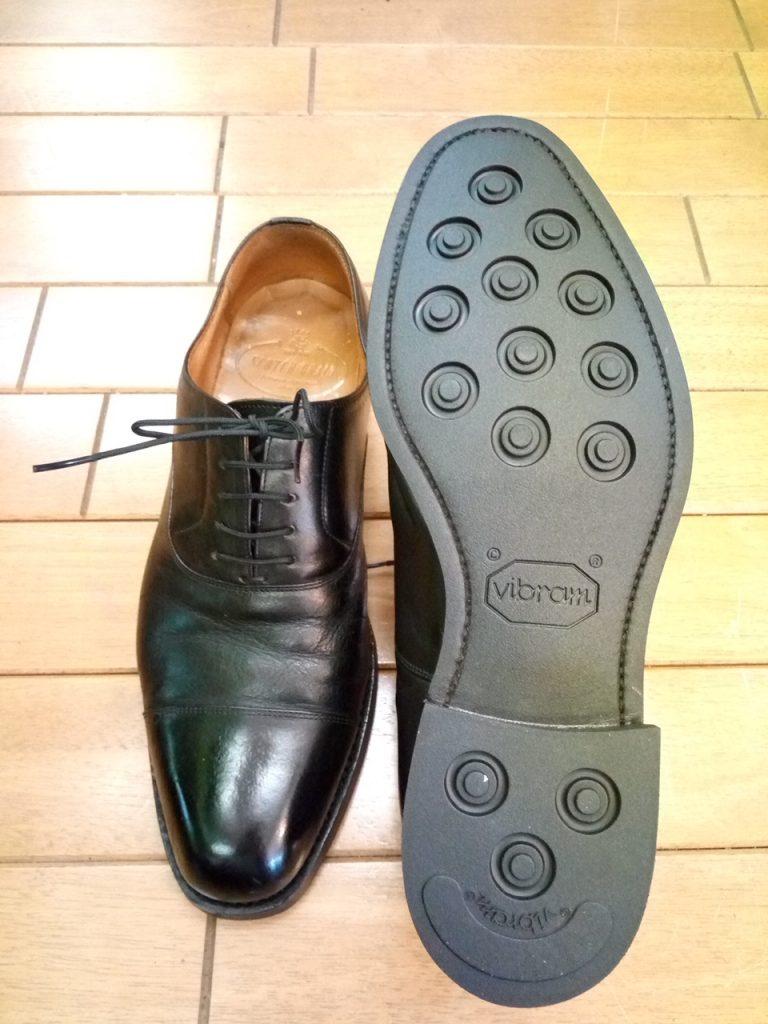 メンズ・スコッチグレインのストレートチップのオールソールの靴修理