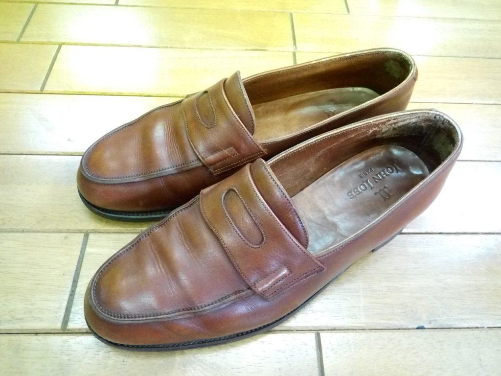 ジョンロブのブカブカ補修の靴修理