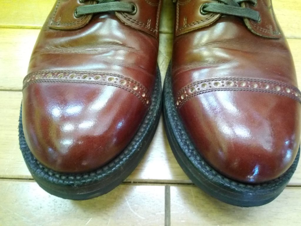 Makersのアッパー補修の靴修理