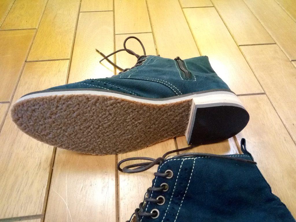 レディースのスエードブーツのオールソールの靴修理
