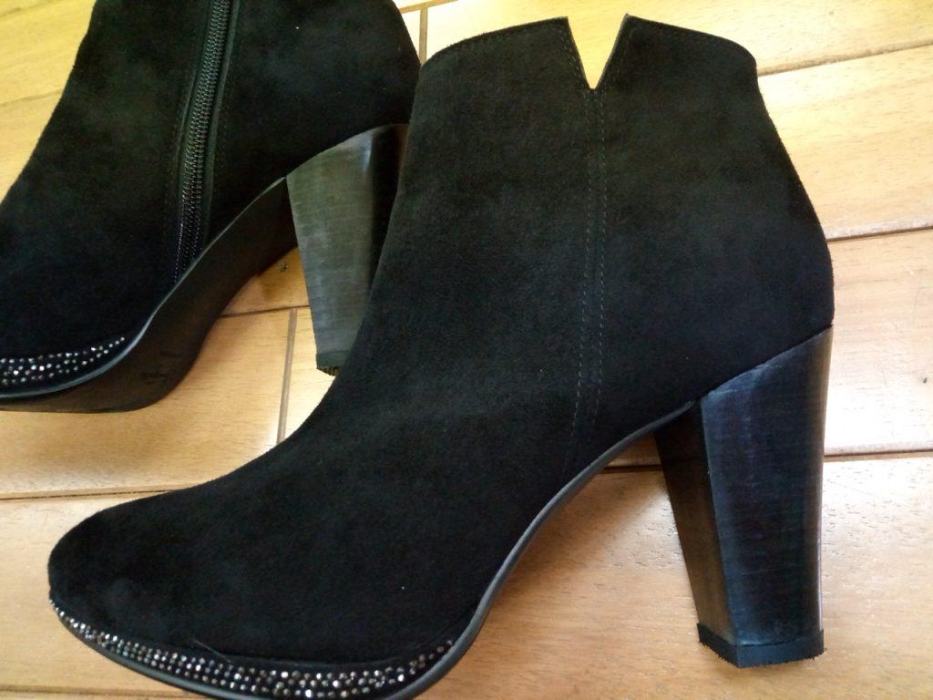 レディース・ブーツのヒールを太くする靴修理