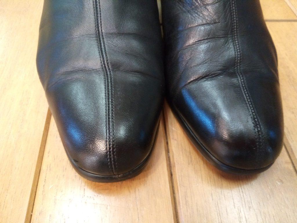 レディース・ブーツのアッパー補修の靴修理