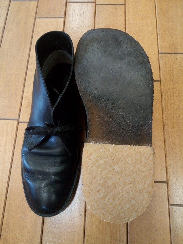 クラークスのメンズブーツのクレープソールのヒール交換の靴修理
