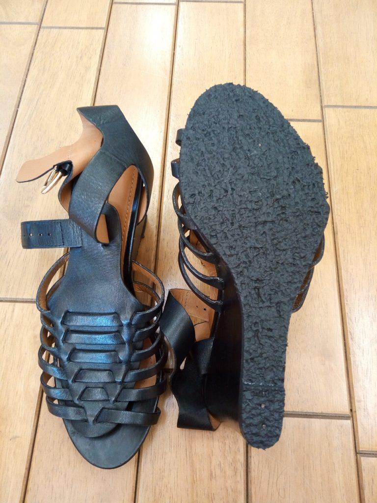 レディース・サンダルのオールソール交換の靴修理
