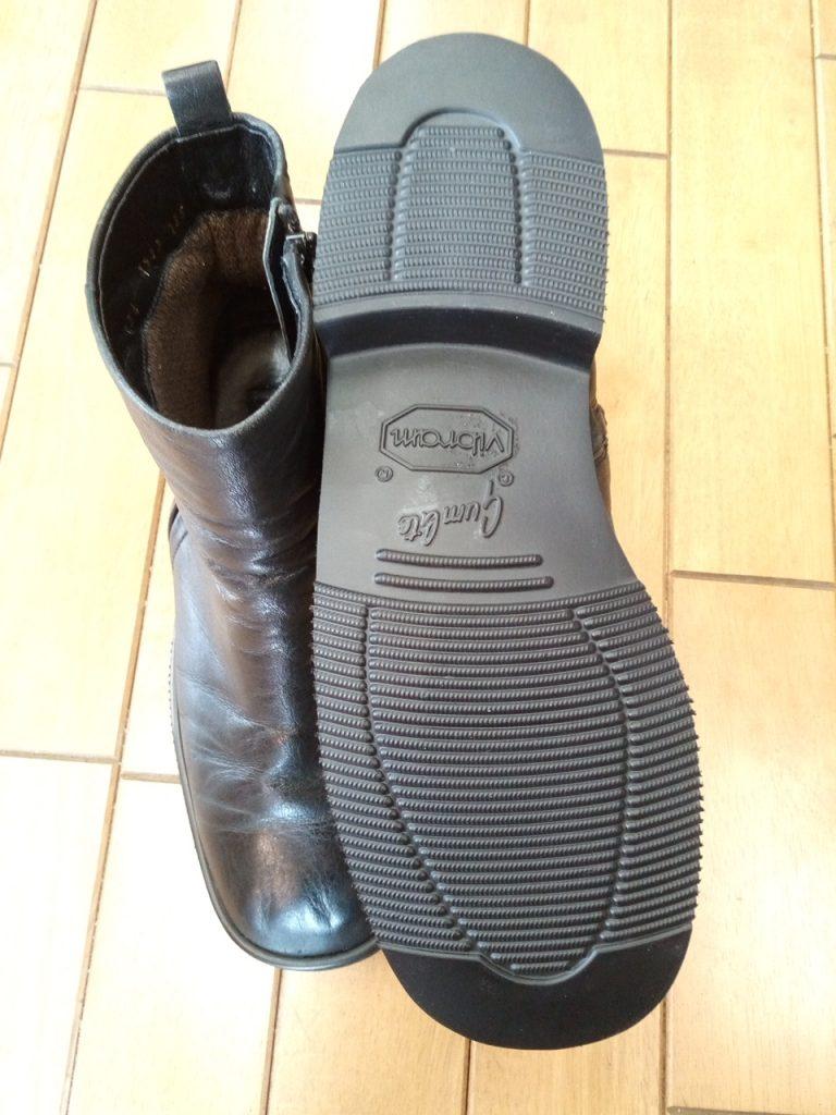 レディース・ブーツのオールソールの靴修理