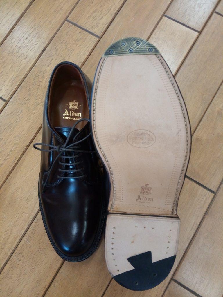 オールデンのコードバン靴のトゥスチール取付の靴修理