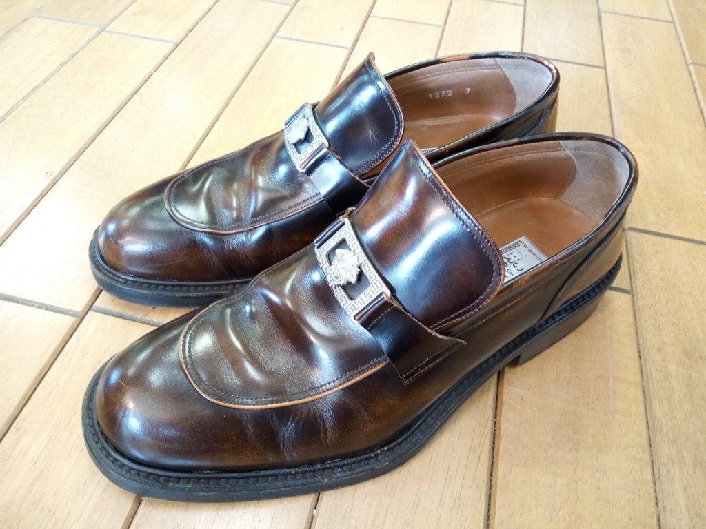 メンズ・ヴェルサーチの靴のソール剥がれ補修の靴修理