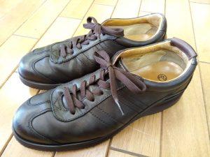 メンズ・リーガルのレザースニーカーのオールソールソール&アッパー補修の靴修理