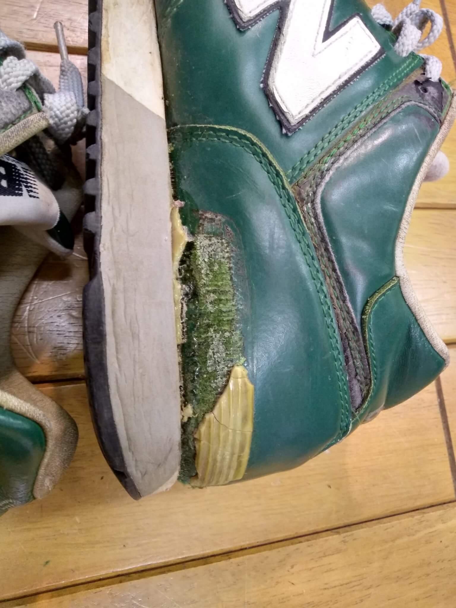 ニューバランスのスニーカーのオールソールの靴修理